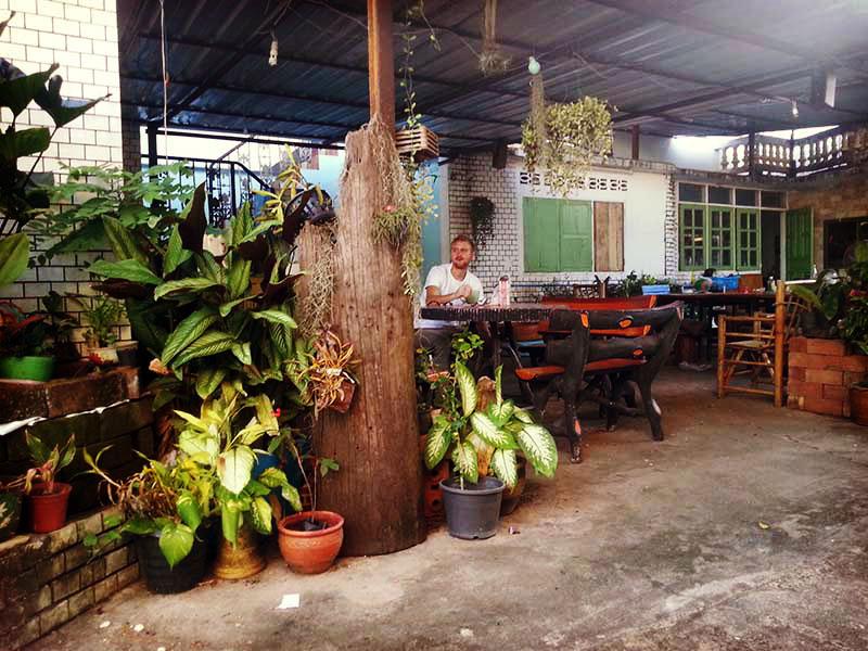 volunteer thailand dorm compund