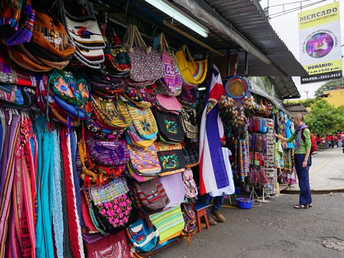 How to have an amazing weekend in san jose costa rica for Costa rica arts and crafts