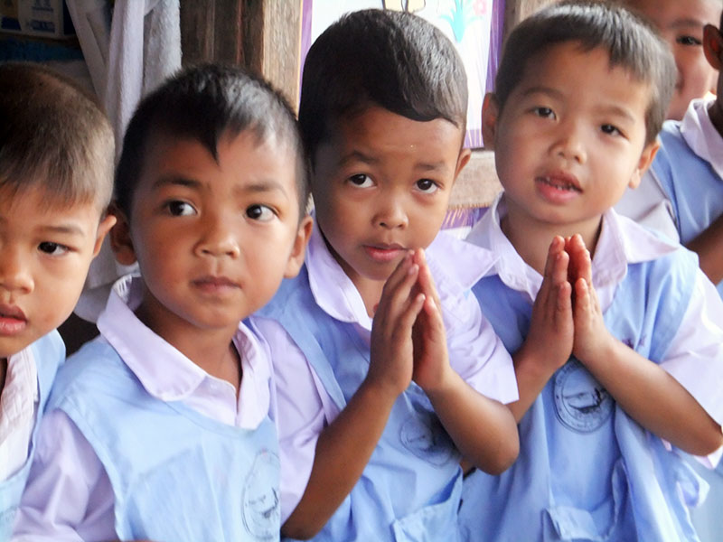 7 basic phrases to learn before you volunteer in thailand uvolunteer sa wat dee hello m4hsunfo