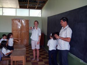 costa-rica-teaching-english-8