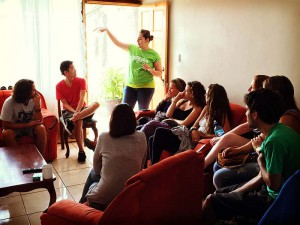 volunteer costa rica dorm meeting
