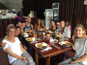 uvolunteer-travel-scholarship-winner-valentina-arrives-in-costa-rica-3
