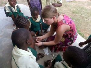 what-you-should-definitely-know-about-free-volunteer-abroad-programs